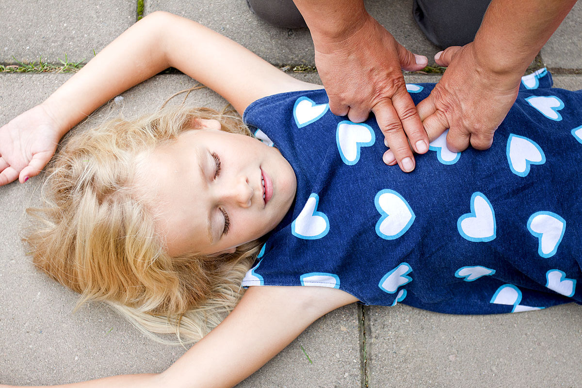 Herzdruckmassage bei Kindern